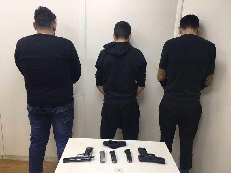 عصابة مسلّحة روّعت موظفي الصيدليات والمواطنين في جبل لبنان!